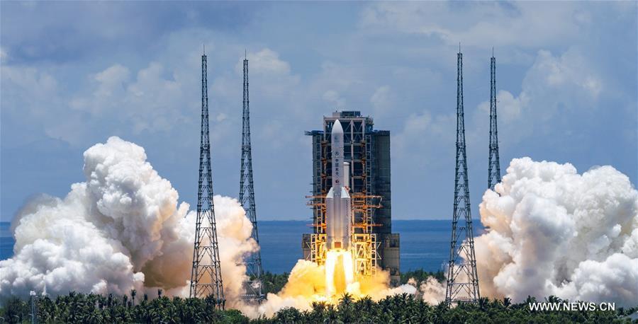 عاجل- الصين تطلق بنجاح أول مهماتها لسبر المريخ .jpg