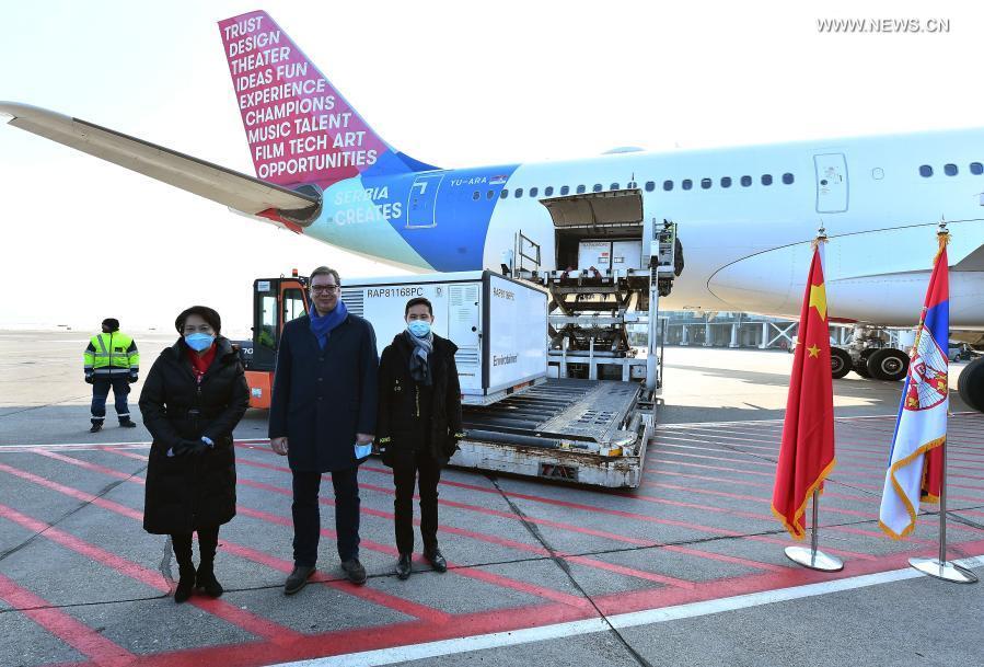 صربيا تتسلم مليون لقاح سينوفارم من الصين .jpg